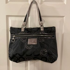 Coach poppy signature shoulder tote